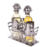 Zamilovaný pár - stojan na víno